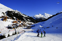Approach into Meribel Mottaret (A. Wee) Tags: france alps skiresort meribel mottaret  troisvalles  les3valles