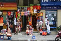 Hanoi street scene (Hanoi, Vietnam 2015) (paularps) Tags: travel food beach nature island asia culture vietnam hoian tropical hanoi hue saigon hochiminhcity danang eiland reizen azi 2016 2015 tropisch arps condao paularps cophe nikond7100