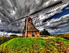 Molen (glessew) Tags: netherlands windmill moulin mühle nederland fisheye paysbas molen niederlande waardenburg samyang