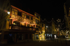 Colmar (Laura Carrier) Tags: christmas night de photography lights photo photographie market lumire colmar alsace nol nuit march elsass haut hautrhin rhin guirlandes