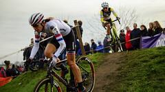 Azencross Loenhout dames 7 (Rijan van Leest) Tags: cyclocross wyman veldrijden azencross loenhout helenwyman