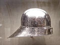 Helmet (oshcan) Tags: philadelphia museum nikon helmet knights armour middleages 2470mm28 d4s