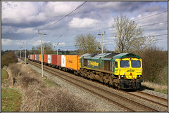 66593, Murcott, 4L57 (Jason 87030) Tags: march wine loop northamptonshire sunny cargo fred northants freight containers tilbury 2010 crick daventry freightliner longbuckby wcml dirft murcott 66593 4l57