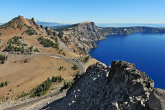 Oregon - Crater Lake National Park (Michael.Kemper) Tags: voyage travelling reise canon eos 30d efs 1755 f28 is usm canoneos30d canonefs1755f28isusm usa us united states america vereinigte staaten von amerika oregon crater lake national park np vulkan volcano caldera klamath county thewatchman watchman fire lookout blau blue see wandern wanderung hike hiking randonnée randonnee