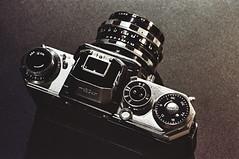 Edixa-Mat Reflex Mod. D-L (e.m.alder) Tags: camera film analog 35mm vintage reflex nikon wiesbaden kodak grain 135 nikkor nikonfe extensiontube waistlevel wirgin edixa homedevelopment 28200mmf3556d ektar100 canoscan9000f edixaxenar50mmf28 edixamatreflexmoddl