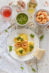 IMG_8670_exp-3 (Helena / Rico sin Azcar) Tags: pasta basil pesto shrimps gambas albahaca