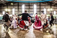 Air peão..... (mauroheinrich) Tags: costumes brasil nikon nikkor nikondigital gauchos ctg riograndedosul prendas cultura tradicionalismo gaucho gaúcha 28300 gaúcho tradição gaúchos gaúchas d610 gauchismo danças tradições santacruzdosul peões nikonians enart nikonprofessional dançastradicionais 28300vr chaleirapreta nikonword mauroheinrich dançastradicionaisgauchas gfchaleirapreta