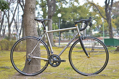 "Seven Cycles ""Axiom SL"" (Circles Japan) Tags: continental seven thomson velocity axiom chrisking fizik sevencycles titaniumbike circlesjapan titaniumframe handmadebike velocityusa chriskingbuzz axiomsl handspunwheel"