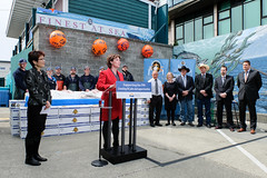 Supporting International Trade (BC Gov Photos) Tags: technology jobs forestry business seafood trade economy investment tpp manufacturedgoods premierchristyclark agrifoods teresawat transpacificpartnershipagreement