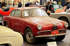 Alfa Romo Giulietta Sprint 1956 (seb !!!) Tags: auto old red italy paris france rot classic cars canon de rouge photo coach rojo italian automobile italia foto image picture voiture vermelho versailles alfa salon porte 1956 seb bild sprint oldtimers rosso franais italie imagen coup imagem ancienne automvil giulietta populaire classique anciennes wagen 2016 automobil retromobile automvel italienne artcurial romo epave klassic 1100d