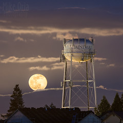 Brentwood Moonrise (mikeSF_) Tags: california county city longexposure moon tower night clouds landscape 645 cityscape tank pentax outdoor watertower full 300mm 6x7 brentwood antioch f4 67 oakley m300 contracosta 645z