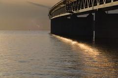 DSC_5352 (kalubro) Tags: sunset sky cloud water denmark shadows himmel bro vatten brigde solnedgng skugga moln resundsbron swe