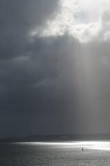 Troue_rade de Brest_IMG_3663 (Hlne (HLB)) Tags: ocean light sea sky mer france water grey gris brittany europe lumire bretagne ciel brest nuances rade
