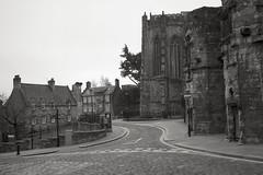 Stirling Old Town (David_Leicafan) Tags: bw church stirling oldtown marswark 28mmsummicron churchoftheholyrood