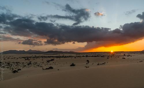 Atardecer en las dunas de Corralejo - Fuerteventura, Canarias