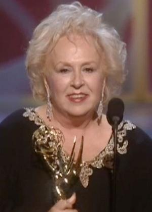 Morre aos 90 anos a atriz Doris Roberts, vencedora de cinco Emmys