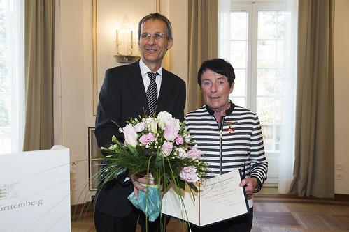 Verdienstkreuz am Bande für Dr. Ulrike Wahl