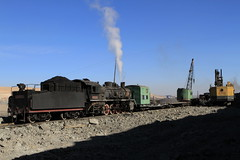 I_B_IMG_6302 (florian_grupp) Tags: china railroad train landscape asia mine desert muslim railway steam xinjiang mikado locomotive coal js steamlocomotive 282 opencastmine sandaoling