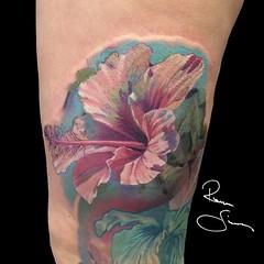 #tattoo #hibiscus #flower #realistictattoo #colortattoo #cheyenne #ink #tattooartist #czechartist #fusionink (romansimonides) Tags: flower tattoo ink hibiscus cheyenne tattooartist colortattoo czechartist realistictattoo fusionink