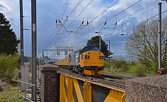 Colas Loco 37025 powers away from a Signal stop at Manningtree, on a Network Rail Test Train, heading to Harwich International. 27 04 2016 (pnb511) Tags: diesel rail loco locomotive freight colas networkrail geml class37 greateasternmainline pointwork