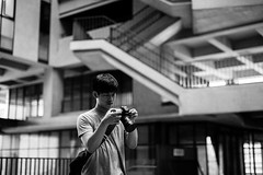 IMG_9632 (WillyYang) Tags: portrait blackandwhite 50mm streetphotography      50mmf12 50l 20160426