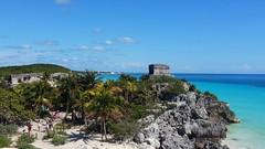 site archologique et plage de Tulum (~loloflu~) Tags: blue nature architecture temple blu tulum mexique paysage plage mayas autofocus archologie micamarayyo worldtrekker flickrunitedaward