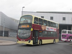 East Yorkshire 777 YX60DWK Hull Interchange on 246 (1280x960) (dearingbuspix) Tags: 777 eastyorkshire eyms yx60dwk