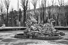 (Roybatty63) Tags: blackandwhite bw torino blackwhite nikon bn fontana statua biancoenero giardino giardini citt centrostorico d80 villeegiardini