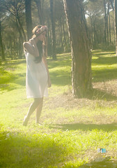 Young Goddness 3 (bym.imagenycomunicacion) Tags: woman naturaleza nature beauty greek goddess young nostalgia bosque romantic belleza diosa griega romanticismo