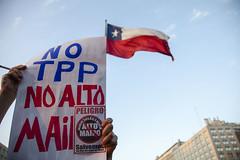 TPP CHILE (@jaranedab) Tags: chile santiago trans manifestacion pacifico maipo politica palacio comercio gobierno lamoneda democracia tratado tpp altomaipo noaltpp