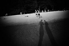 (bendikjohan) Tags: people bw white black film beach nature landscape thailand blw sand shadows candid 1600 thai neopan bnw krabi railay 2016