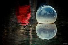 Sans un regard vers l'avenir... (RVBO) Tags: brittany bretagne breizh bzh buoyant
