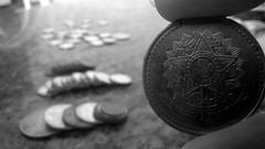 Moeda (IvanaOliveiraH) Tags: old history coin histria moeda antigo