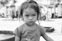 3/3 (kuuan) Tags: bw girl kid village play vietnam angry afraid vilage