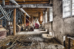 Mill Room (leroysfotos) Tags: mill abandoned lost mhle lp urbex getreide lostplaces lostplace