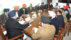 Interaction with the Leaders of YAD and SOI - Sukhbir Singh Badal (1) (sukhbirsingh_badal) Tags: punjab development soi yad organisational akalidal sukhbirsinghbadal