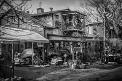 Messy home (robertogoni) Tags: tennessee bn lynchburg estadosunidos 1raw ciudadeslugares catartsticas