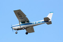 Spam (Al Henderson) Tags: england airport unitedkingdom aviation bedfordshire gb reims cessna 152 cranfield fr152 gbjwh