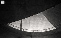 Cidade das Artes no Rio de Janeiro (marcelo nacinovic) Tags: arquitetura architecture architektur arquitectura arhitektura christiandeportzamparc cidadedasartes riodejaneiro barradatijuca olimpadas olympicgames olimpadas2016 rio2016 rio blackwhite pretoebranco mono brasil brazil brasilien brazilian bresilien brsil teatro ayrtonsenna avenidadasamricas cebolo recreiodosbandeirantes projeto sigma1224mmf4556dghsmii foratemer