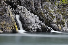 Waterfall (BOULANDET Nicolas) Tags: water canon pose waterfall rivire l fil cokin nuances longue nd1024