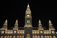 Vienna City Hall (C_MC_FL) Tags: vienna wien city building architecture night canon photography eos austria sterreich fotografie nacht cityhall stadt architektur townhall sight tamron rathaus gebude lighted sehenswrdigkeit 18270 60d b008
