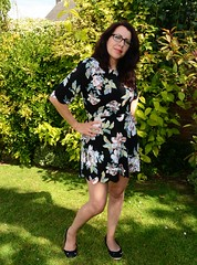 Carmen_2584 (Fast an' Bulbous) Tags: girl woman hot sexy milf yummy mimmy dress garden outdoor people brunette chick babe pose long hair nikon d7100 gimp england northamptonshire glasses lovelylisa73