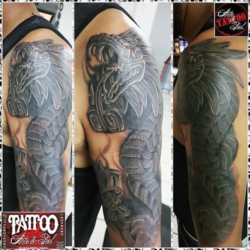Tatuajes En El Brazo Sombras 2da sesion #coverup #quetzalcoatl #serpienteemplumada #blackandgrey