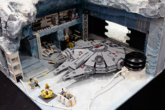 INSIDE the BRICK Darebin 2016: Inside the Reble Base on Hoth (Andrew D2010) Tags: starwars lego droid speeder hoth snowspeeder 3cpo iceplanet insidethebrick darebinartsentertainmentcentre