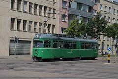 652 (KennyKanal) Tags: tram basel grn bvb basler verkehrsbetriebe dwag schienenfahrzeug drmmli
