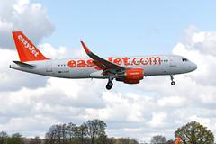 Airbus A320-214 G-EZOC (Andy C's Pics) Tags: airbus easyjet a320 lsa ezy a320214 airbusa320214 londonsouthend egmc gezoc londonsouthendairport