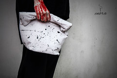 LEATHER SPLATTER LUNCH BAG #lunchbag #splatter #enora #paintingonthebody #red # bianco  #e #nero #gloomy #photography #art #fashion #style #painting #creativiness #sewing #leather #bag #clutch #passion #love (enorabag) Tags: red art love leather fashion painting bag photography gloomy sewing style e passion clutch nero splatter lunchbag enora creativiness paintingonthebody