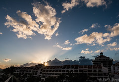 Sunset (Fjola Dogg) Tags: park vacation holiday canon island hotel spain europe nightshot tenerife nightsky evropa nightimage gisting parquesantiago3 evrpa canonpowershotg7x canong7x