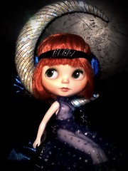Blythe-a-Day April #12 Space &#16 The Moon: Clara Bow