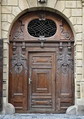 p. 465/I, Melantrichova 11, Praha, Star Msto (MONUDET) Tags: vrata dvee